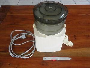 Ancien robot de cuisine Moulinex vintage hachoir