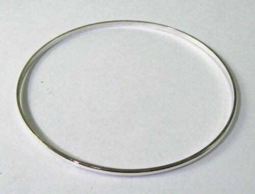 """Argent Sterling 925 Petite Taille arrondie Bracelet 2 5//16/"""" diamètre 1//16/"""" Large"""
