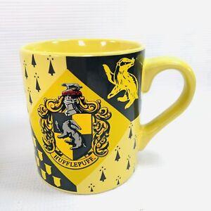 Harry Potter Hufflepuff Crest Ceramic Coffee Mug 14oz Silver BuffaloYellow Blac
