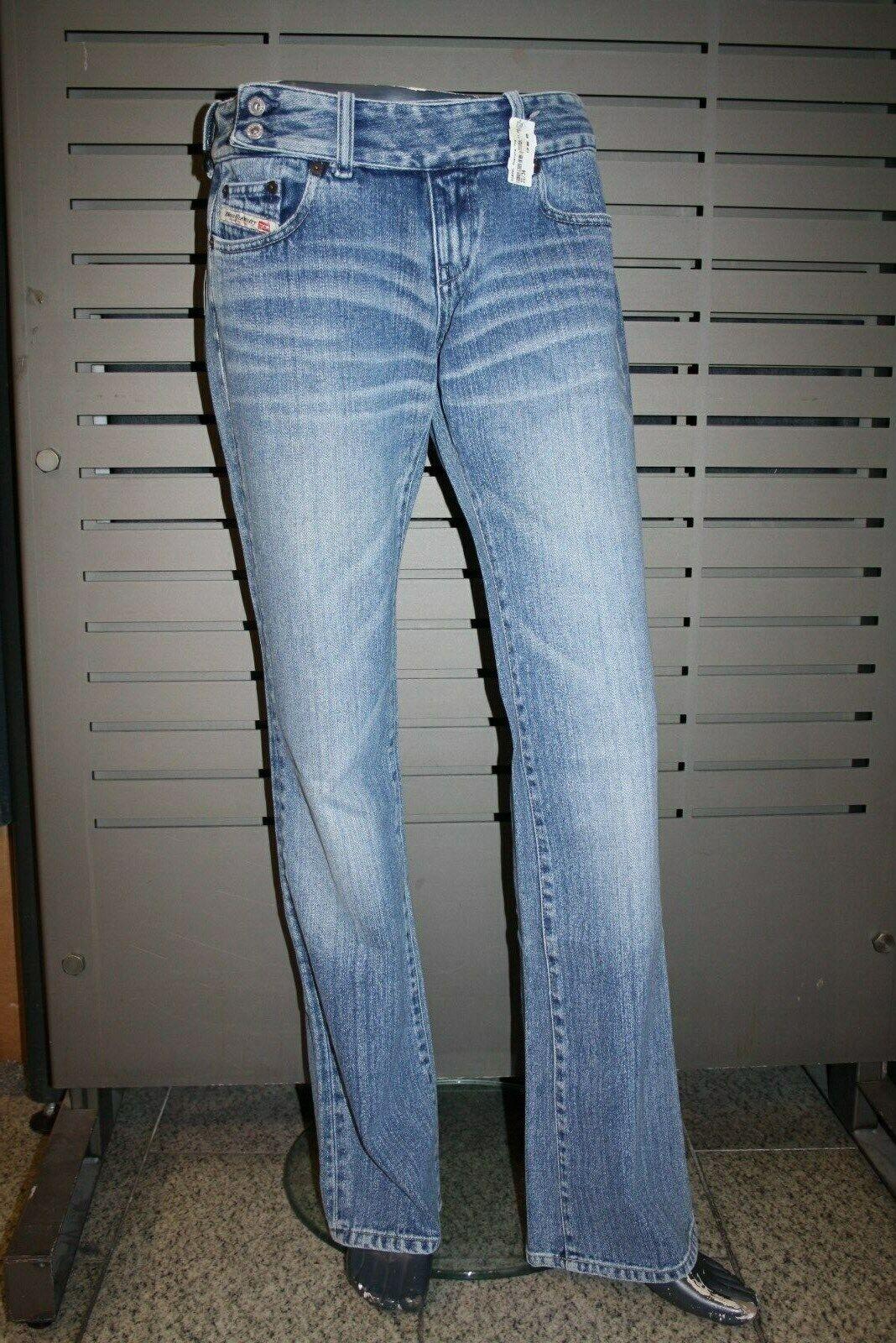 Diesel Damen Jeans CHERONE stone washed Jeans neu Made in