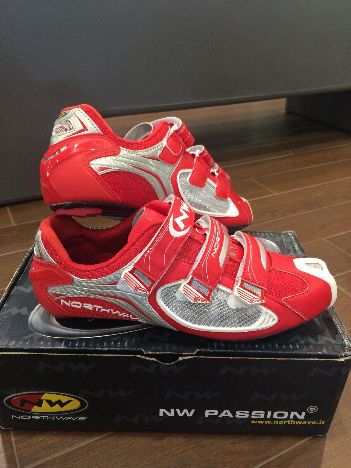 zapatos NORTHWAVE AERLITE 3 rojo (MISURA 43 - 45)