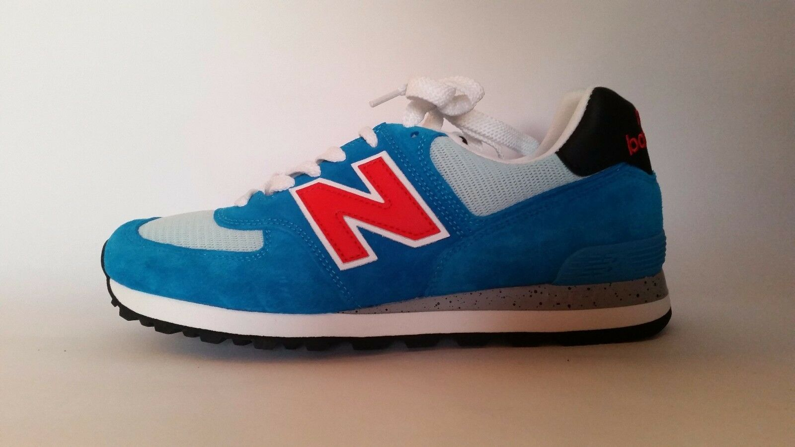 NEW NEW NEW BALANCE CLASSICS 574 trainers UK Größe 9 new with box be8038