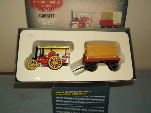 CORGI MODEL  No.80307 GARRETT 4CD ROAD TRACTOR & TRAILER  MIB