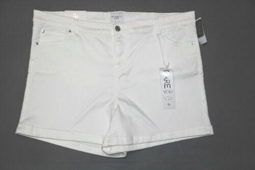 New Celebrity Pink Women/'s Plus Size 24W Optic White Denim Trendy Shorts