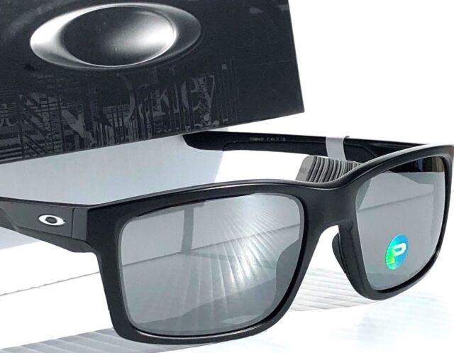 cdae06b249e99 New  OAKLEY MAINLINK Matte BLACK w POLARIZED Iridium Lens Sunglass oo9264-05