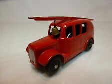DINKY TOYS 25H 250 STREAMLINED FIRE ENGINE - RED 1:43 - GOOD CONDITION