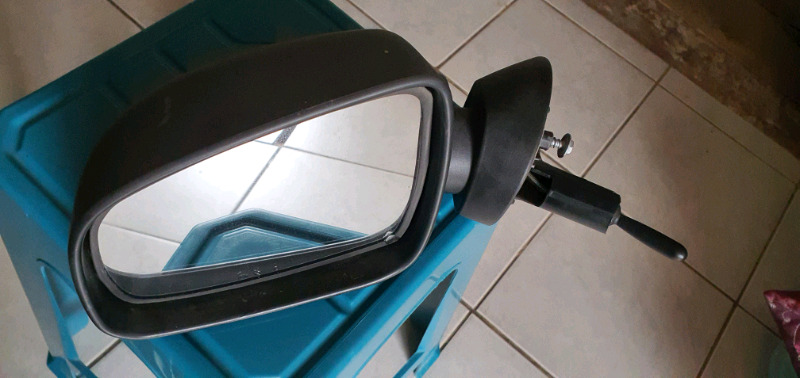 Np 200 left hand side rear  view mirror