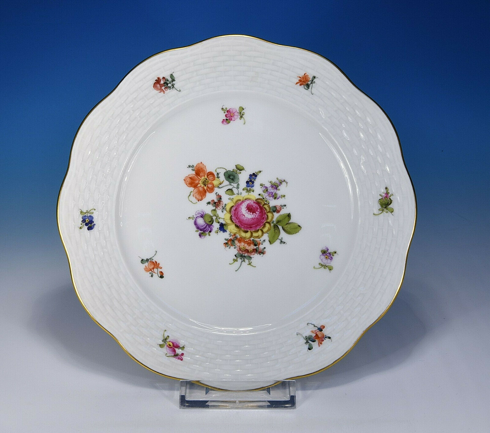 Herend   Bouquet de Herend Bhr   Assiette 19 Cm. 517
