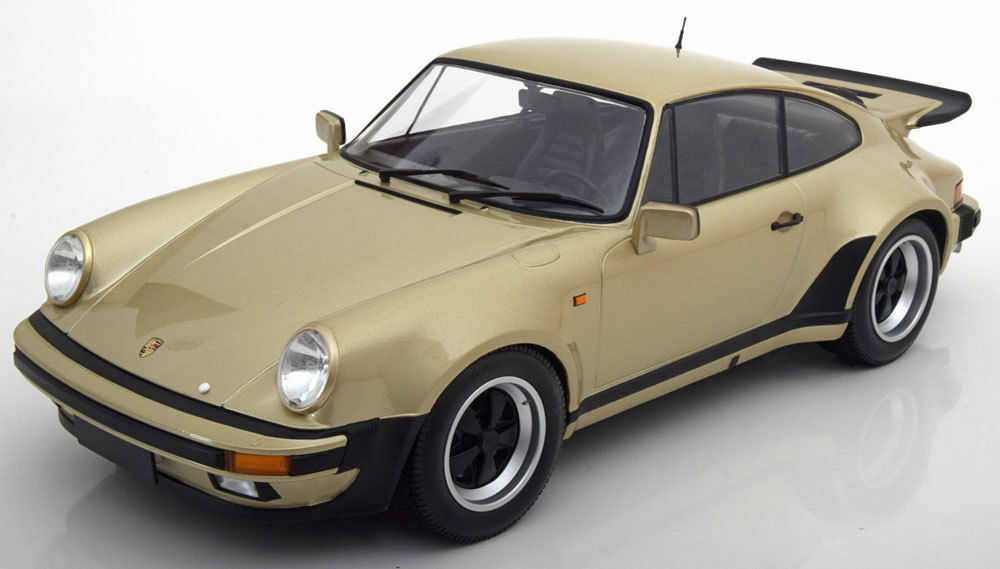 MINICHAMPS 1977 PORSCHE 911 TURBO or MET. 1 12 Grande Voiture  Neuf de la marque le 100pcs