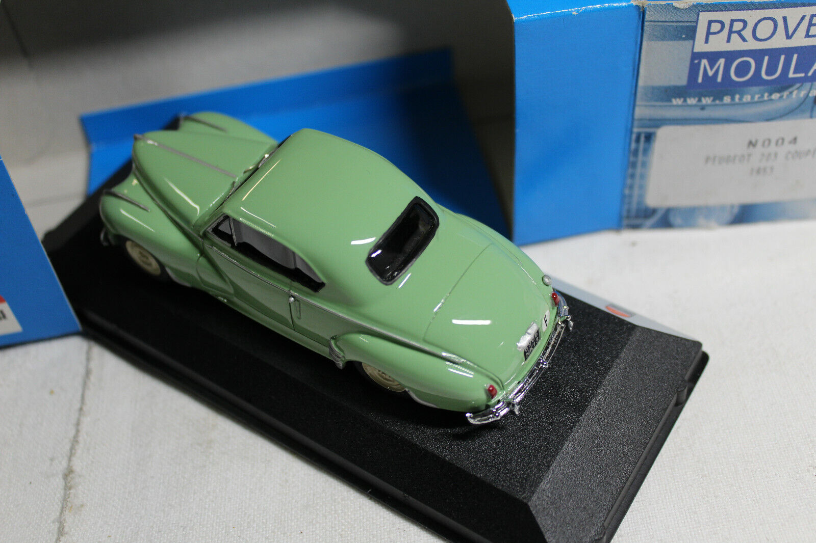 Peugeot 203 coupe provence moulage 1 43 new box
