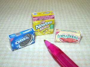 Miniature-Cookie-Box-Assortment-3-DOLLHOUSE-Miniatures-1-12-Scale