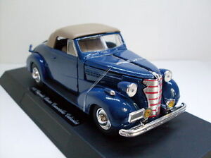 1938 Chevrolet Master Convertible Cabriolet, NewRay Classic Auto  1:32, (55043)