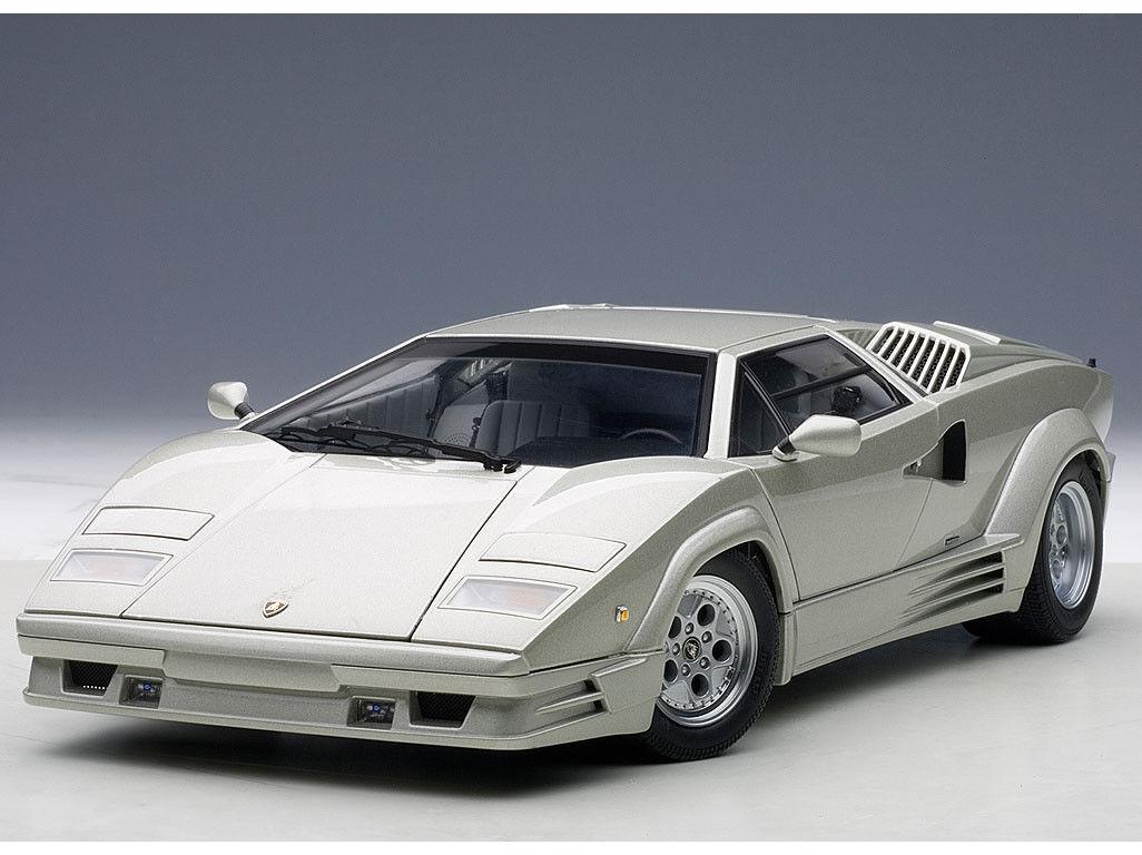 1 18 Autoart Lamborghini Countach 1990 25th Anniversary Edition + kostenl. Vitrine