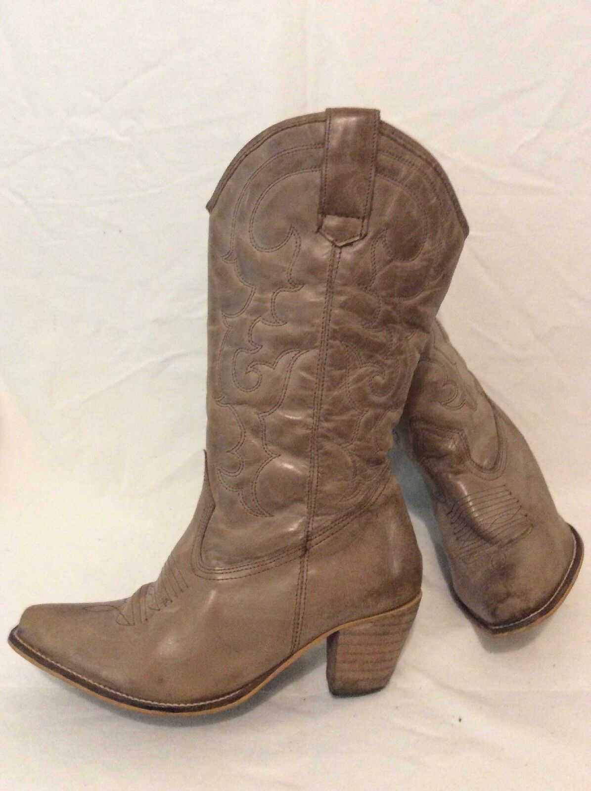 E. Brown Mid Calf Leather Boots Size 5W