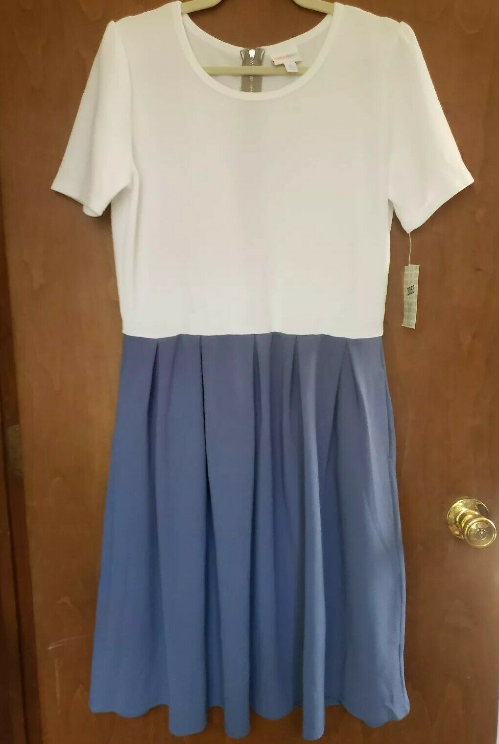 LulaRoe Amelia Dress Xl white and bluee