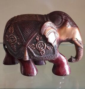 An old look solid solid brass elephant hindu traditional statue heavy.