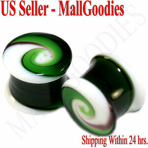 0180-Double-Flare-Green-White-Swirl-Glass-Saddle-Ear-Plugs-1-2-034-In-12-7mm-Spiral