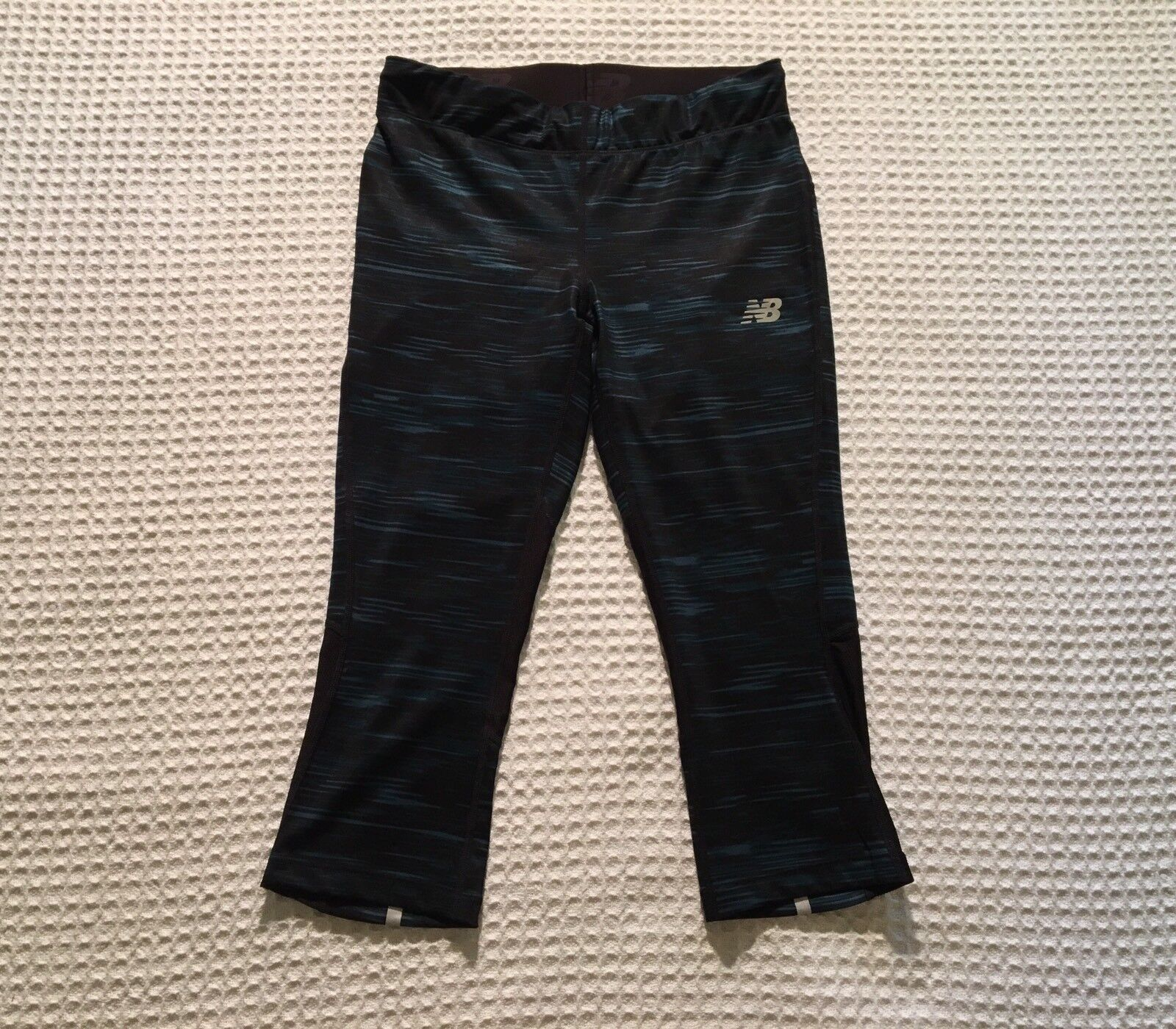 NB New Balance Impact Stripe Running Capri Cropped Leggings Black / Blue S Small