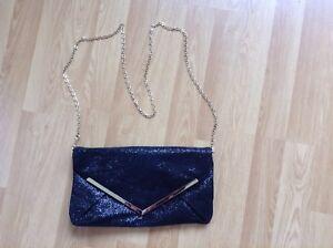 Miss-Selfridge-Black-Sparkle-Clutch-Bag-with-Removable-Gold-Chain-VGC