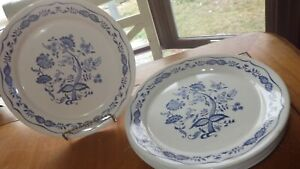 """Blue Floral Luncheon Plates Corelle by CORNING 7 9"""" Blue Onion Round plates"""