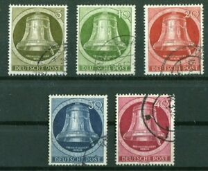 Berlin-82-86-Berlin-gestempelt-Glocke-II-Kloeppel-rechts-1951-used-Michel-90
