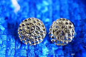 Authentic-Chanel-Buttons-10-pieces-silver-toned-12-5-mm-0-3-inch-logo-c