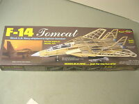 Guillows Kit 1402 - Navy F-14 Tomcat Fighter Wood Display Model Kit 1:40 -