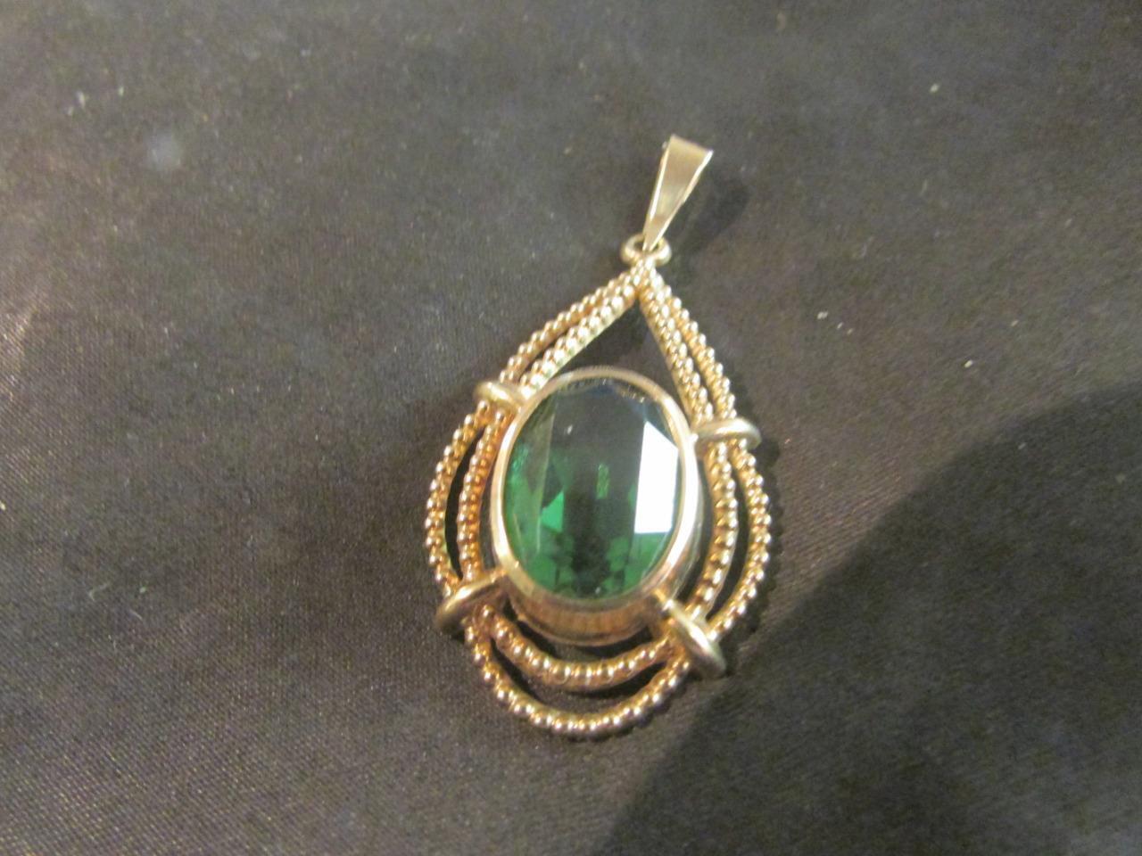 Lovely vintage di qualità 8 KT KT KT oro & Gemstone Ciondolo 2e1b5a
