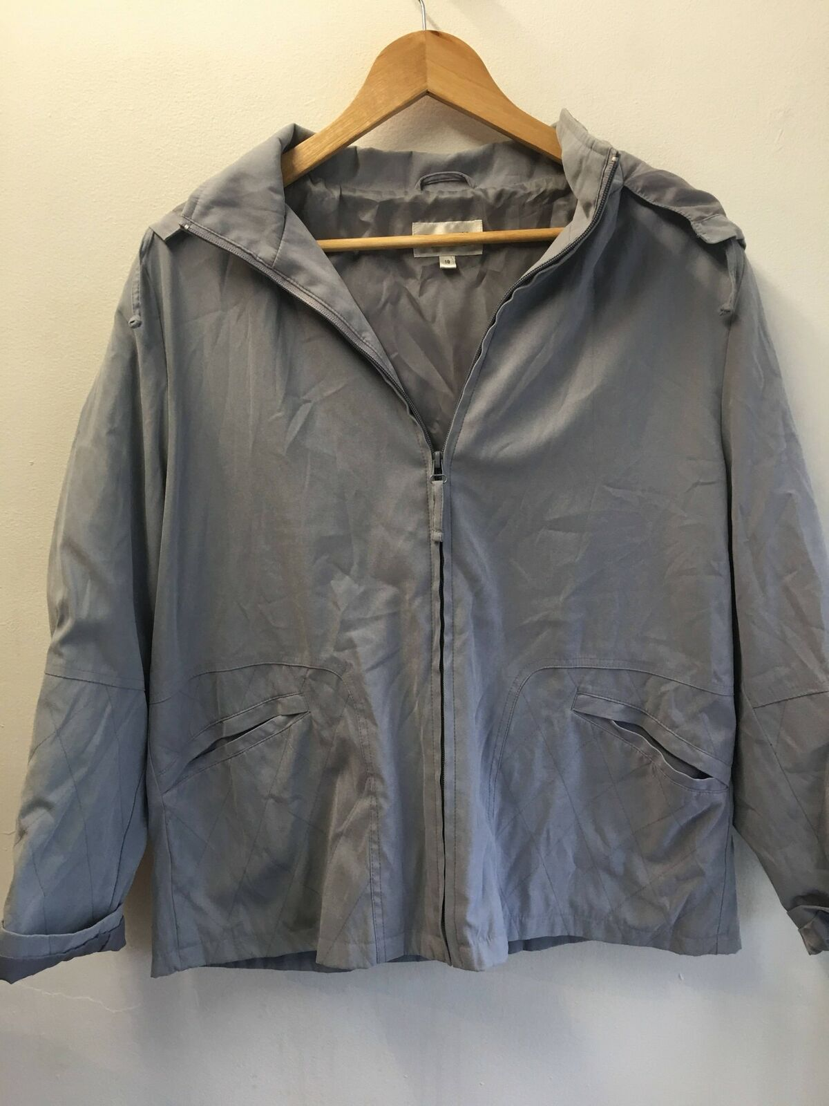 Womens Hooded Warm Grey Classic Jacket by ROSSETTI - Size 18 - Padded Shoulders