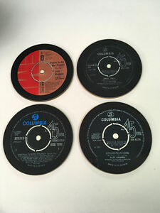 CLIFF-RICHARD-SINGLES-COLLECTION-45-grande-NUOVO-BEVANDE-Coaster-Set