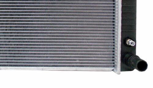 Radiator For 2004-2018 Chevy Express 2500 3500 GMC Savana 4.8 6.0L Free Shipping