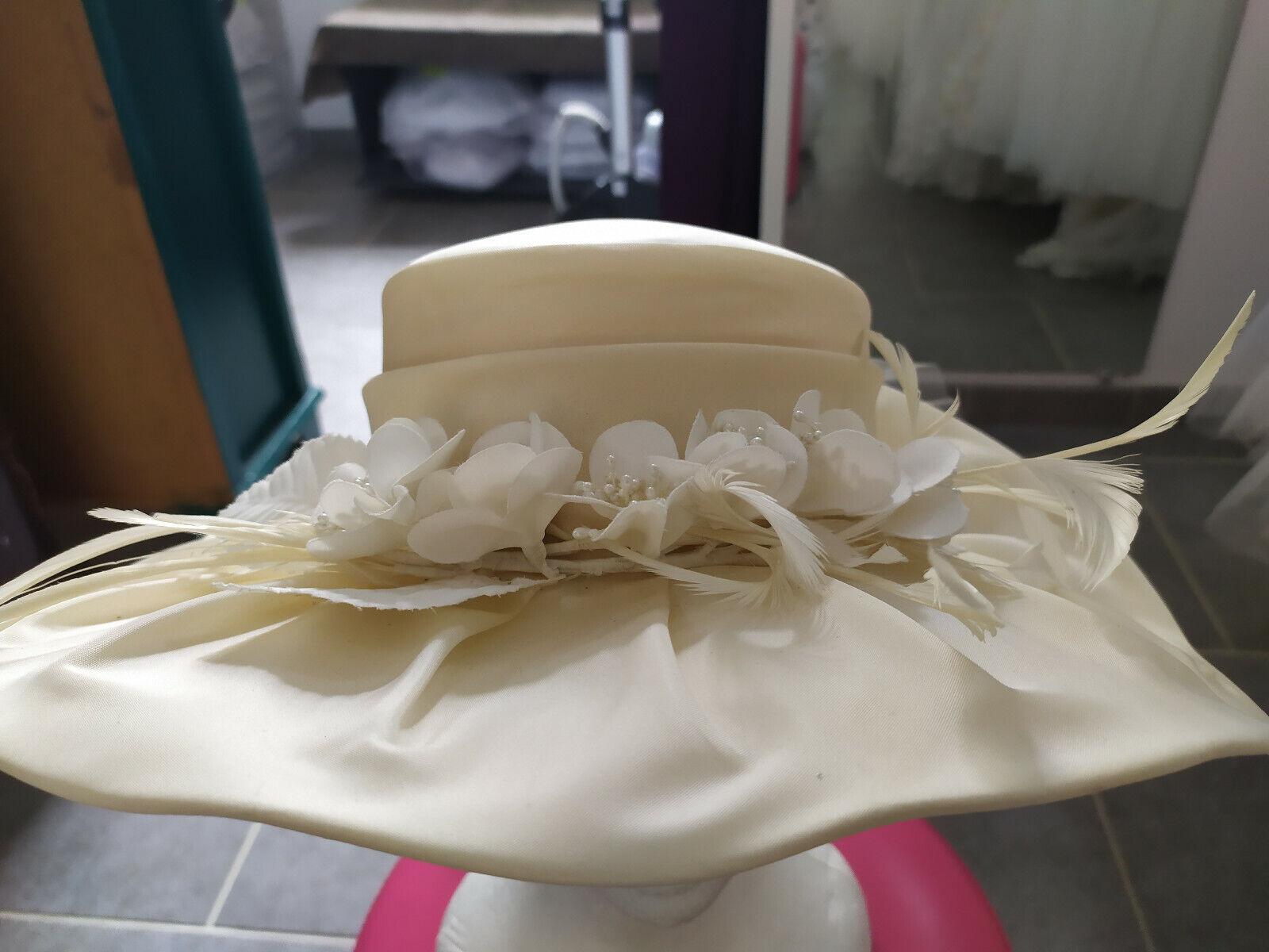 Hat wedding/ceremony taffeta colour: champagne
