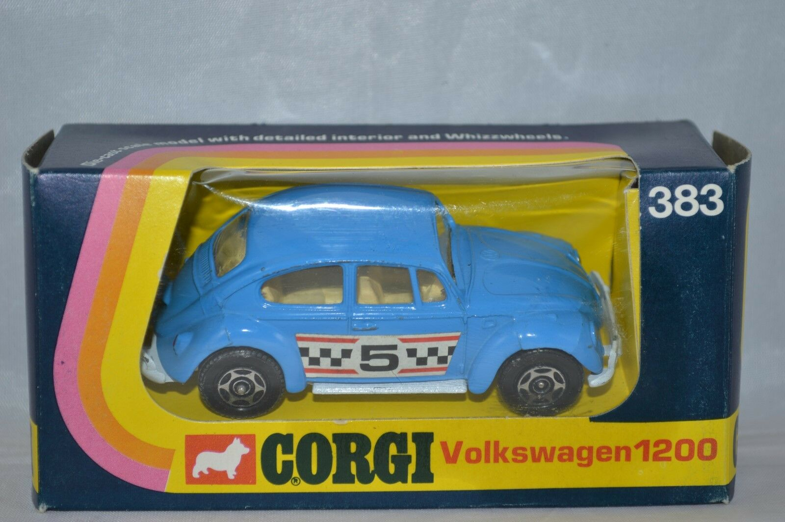 Corgi Toys 383 Volkswagen 1200   perfect mint in box all original condition