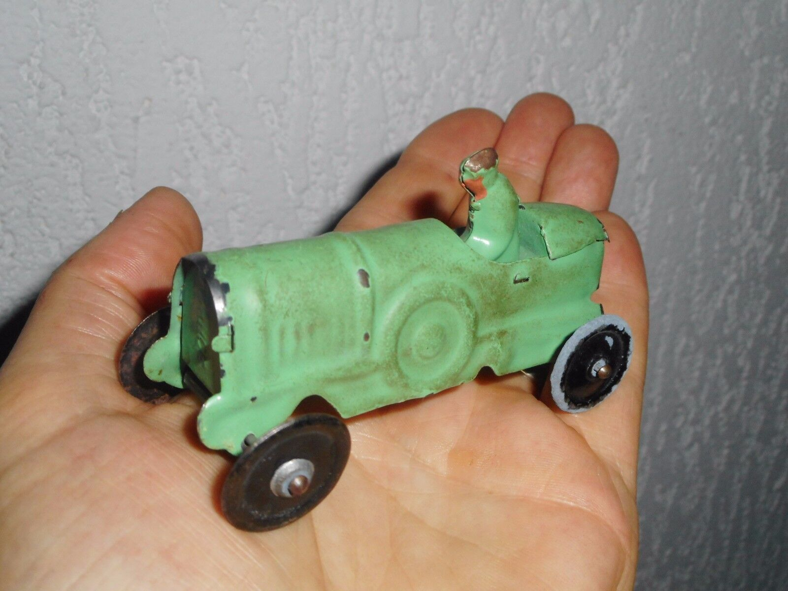 Marque CR je pense voiture de sport N°2 tôle peinte environ 1 43  9 cm jep cij