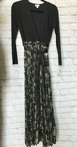6fa91866824 LulaRoe Small DeAnne Evening Gown Wrap Dress Small Black   Gold Foil ...