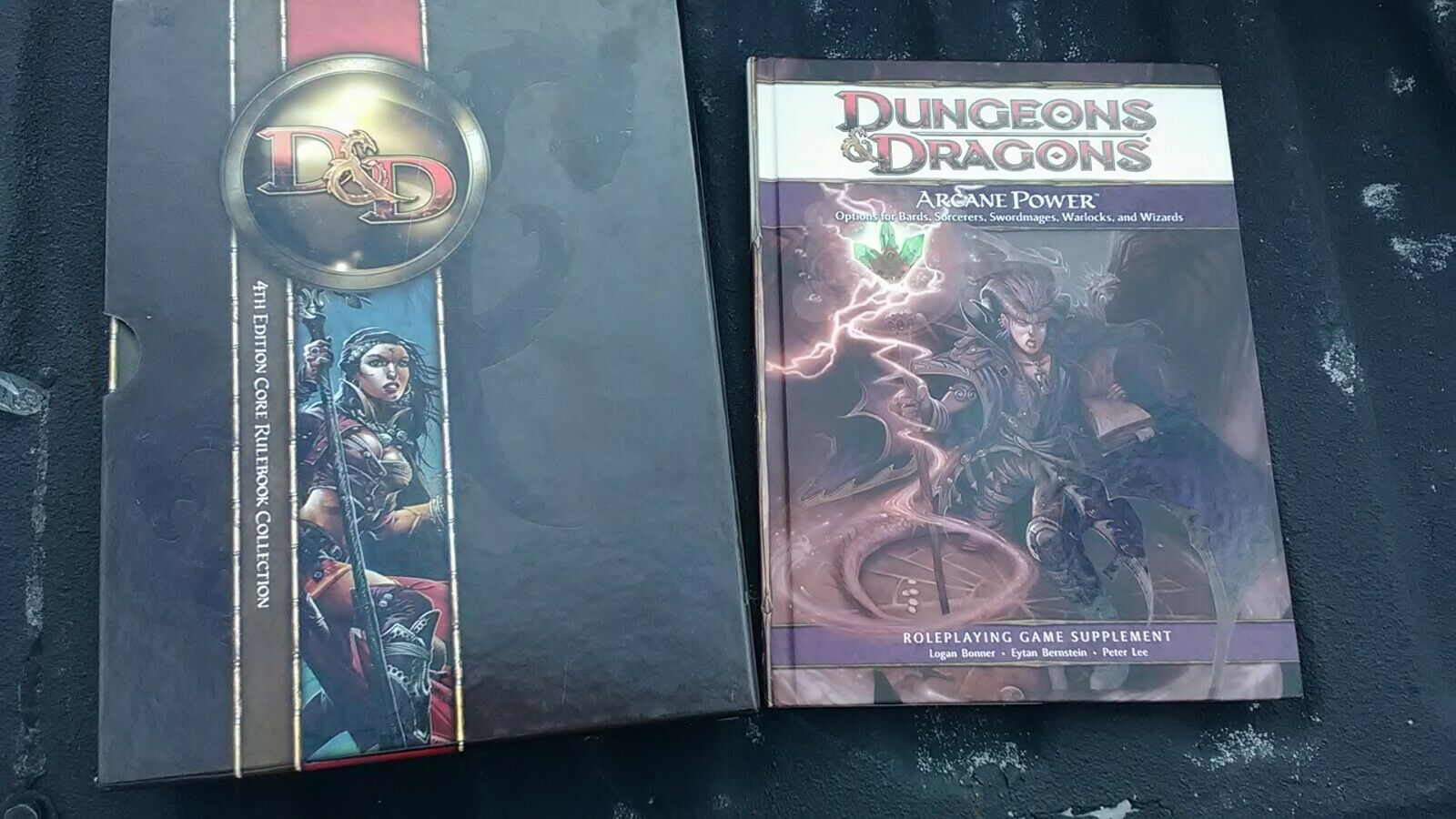Dungeons & Dragons 4th Edition Core Set & Arcane Powers slipcase Excellent