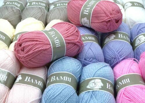 Lot de 20 pelotes de laine idéal layette bébé Bambi Livraison offerte !!