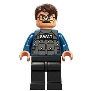 New Genuine LEGO Commissioner James Gordon DC Super Heroes 76001