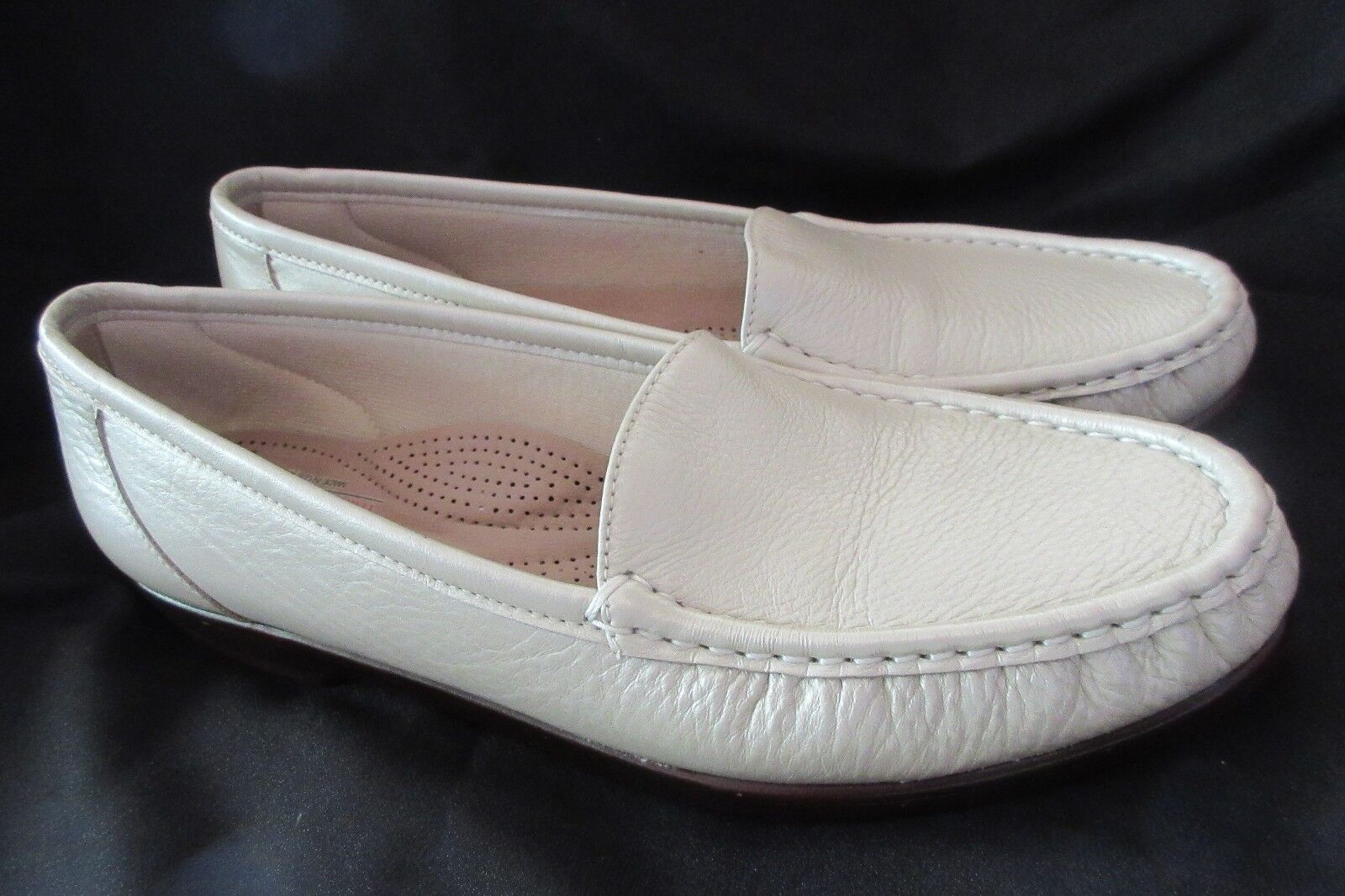 SAS Comfort Tripad Loafer Women 10.5 S (AAA) Slip On Pearl Bone Leather Simplify