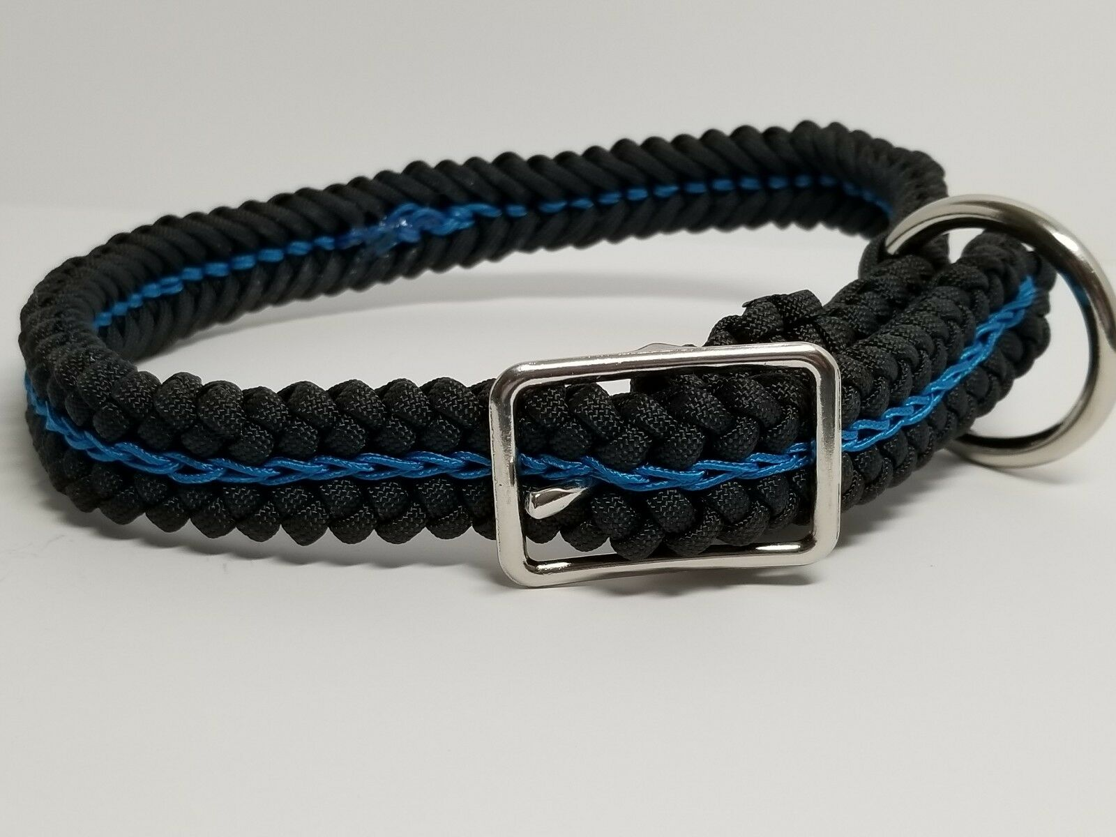 LRG Adjustable Paracord Dog Collar TBL OR CHOOSE YOUR COLORS 24  Fits up to 20