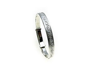 Sterling-Silver-expanding-Baby-Bangle-Size-Medium