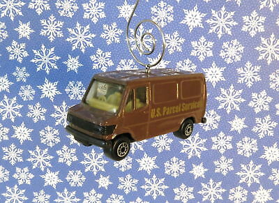 Brown Bus Christmas Ornament 1//64 UPS United Parcel Service Delivery Truck USPS