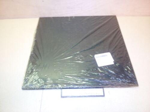 """NOS Rubber Sheet Mat Flap w// Serrated Surface 5//16/"""" x 18/"""" x 18/"""" 9320010176863"""