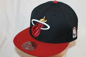 Miami Heat Hat Cap XL Logo Red Black by Mitchell & Ness NBA Caps