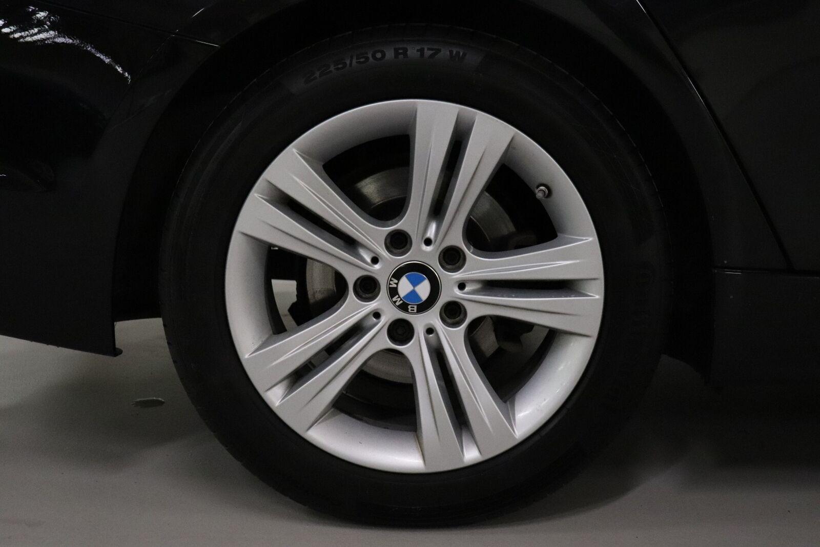BMW 320d 2,0 Sport Line aut.