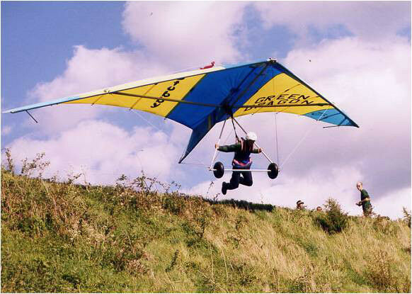 Hang gliding Course -Fun Day ' Perfect present Location. Surrey South London.