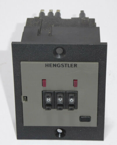 Hengstler prefijo contador 0781410 con zócalo y marco