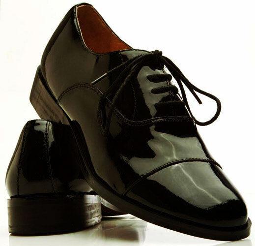 Cuero genuino de la puntera Lace Up Smoking Zapatos