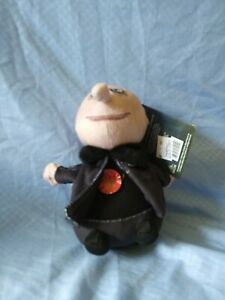 The-Addams-Family-Uncle-Fester-6-034-Singing-Squeezer-Plush-Toy-Theme-Song-NEW