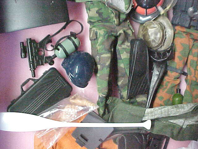 A6 some vintage lot of GI Joe azione cifras bambola  uomoy accessories weapons  rivenditori online